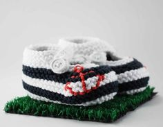 Anchors Aweigh Striped Baby Booties by pleasantlyplumpknits, $28.00