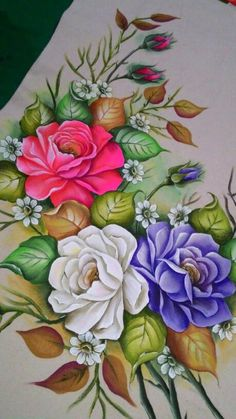 Flowers roses painting decoupage ideas for 2019 Dress Painting, Tole Painting, Fabric Painting, Fabric Art, Flower Crown Drawing, Flower Art, Arte Floral, Pintura Tole, Fabric Paint Designs
