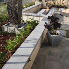 Landscape Fountain Set Into Retaining Wall Design, Pictures, Remodel, Decor and Ideas - page 11