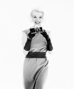 Marilyn Monroe with a Nikon by Bert Stern at JAMM in Dubai