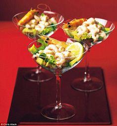 Prawn Salad, Prawn Shrimp, Prawn Cocktail, Mary Berry, Christmas Cocktails, Food Decoration, Cocktail Recipes, Seafood, Avocado