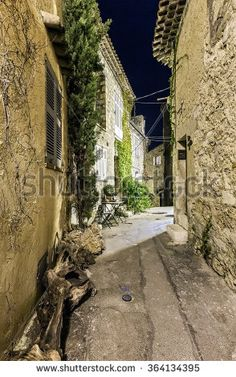 The beautiful streets and patios the southern cities of the coast of France.