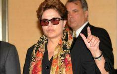 A presidente Dilma ordenou à Receita Federal que crie uma força tarefa para investigar possíveis crimes de sonegação fiscal cometidos por empresas de tecnologia estrangeiras que operam na internet brasileira, entre elasGoogle e Facebook.As companhias estão na mira por comercializar seus serviços aq