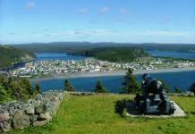 Semaine 2: l'Avalon (mais ça ne m'intéresse pas d'aller à Saint-Pierre et Miquelon. Je veux surtout aller à St John's)