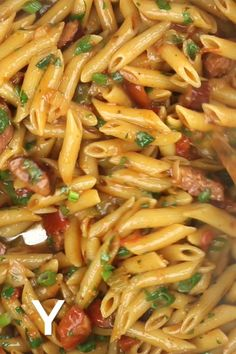 Dinner Dishes, Pasta Dishes, Food Dishes, Dinner Recipes, Chicken Thights Recipes, Chicken Pasta Recipes, Amazing Food Videos, Fast Food, Cooking Recipes