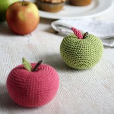 "Real size big apple amigurumi pattern, in size of 3"" diameter. You may use bulkier or finer yarn to create the apple in various sizes. Freebie. Thanks so xox"