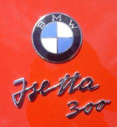 Isetta. El Isetta fue un microcoche producido inicialmente por Iso y más tarde bajo licencia por otros constructores de automóviles. El Isetta fue uno de los microcoches más exitosos producidos en los años posteriores a la Segunda Guerra Mundial;...
