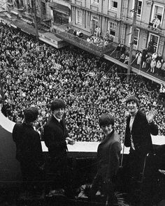 The #Beatles on the balcony of the St George Hotel, Wellington, New Zealand, 1964