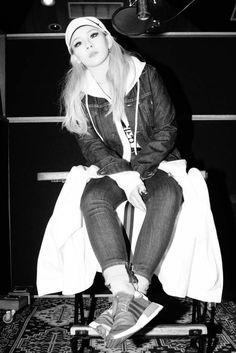 Image about korean in CL♥ by Vania Delgado on We Heart It Cl 2ne1, Wattpad, Kpop Girl Groups, Kpop Girls, Cl Rapper, Chaelin Lee, Ulzzang, Lee Chaerin, Cl Fashion