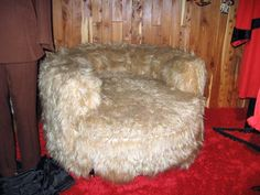 LOVE this fluffy chair at Graceland.