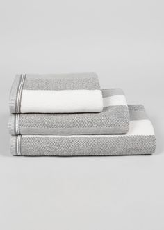 Add colour and design to your bathroom with these super soft towels, crafted from Turkish cotton. Each is finished with a thick stripe design in cream and grey. Dimensions: Bath Sheet: x Bath: x Hand: x Striped Towels, Matalan, Bath Sheets, Grey Bathrooms, Minimalist Bathroom, Stripes Design, Soft Towels, Cotton, Challenge