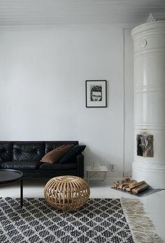 Decorative Pillows | Get this look noraquinonez.com #Pillows #Cushions #Decor @NoraQuinonez