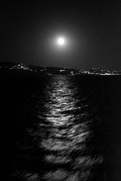 Moonlight over the sea, Paros