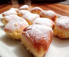 České buchty Nutella, Hamburger, Ale, Muffin, Bread, Breakfast, Desserts, Food, Basket