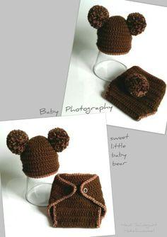 Süßes Bärenkostüm   für Baby-Foto-Shooting ist nun auch fertig.