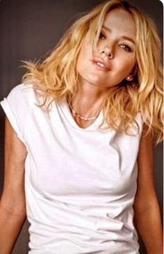 Naomi Watts, Baby Boy Haircuts, Blond, Woman Movie, Curvy Models, Beauty Women, Top Beauty, Charlize Theron, Hollywood Stars