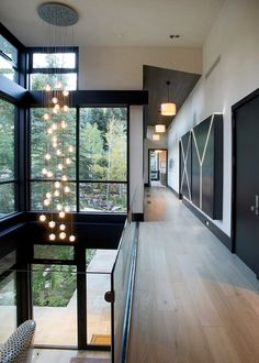 Modern mountain house inspired by rugged Colorado landscape. Modern mountain house inspired by rugged Colorado landscape. The post. Modern mountain house inspired by rugged Colorado landscape appeared first on lamp ideas. Modern Mountain Home, Mountain Homes, Modern House Design, Modern Interior Design, Natural Modern Interior, Modern Interiors, Luxury Interior, Modern Decor, Style At Home