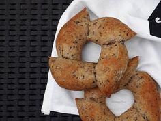 Dobrou chuť: Špaldofky Bagel, Bread, Food, Meals, Breads, Bakeries, Yemek, Patisserie, Eten