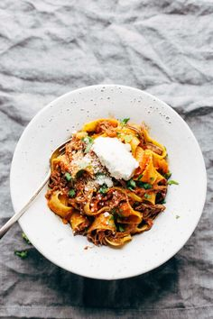 Slow Cooker Beef Ragu with Pappardelle - easy comfort food from the new Skinnytaste cookbook! #slowcooker #crockpot #pasta #beef #ragu #comfortfood | pinchofyum.com