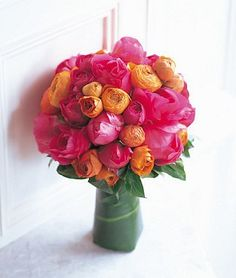 good flowers for a bouquet. good flowers for a bouquet. The post peonies-ranunculus. good flowers for a bouquet. appeared first on Diy Flowers. Ranunculus Wedding Bouquet, Peonies Bouquet, Pink Peonies, Boquet, Pink Roses, Orange Roses, Wedding Bouquets Pictures, Spring Wedding Bouquets, Peony Colors