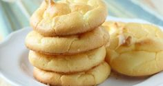 GLUTEN FREE CLOUD BREAD -These are a delicious home-made bread replacement that are practically carb free and very high in protein. They are just like heaven so I call them clouds. Compliments of Kristin Patterson. Low Carb Recipes, Bread Recipes, Cooking Recipes, Healthy Recipes, Healthy Food, Cloud Bread, Most Popular Recipes, Favorite Recipes, Carb Free