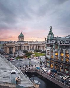 St Petersburg Russia, Saint Petersburg, Beautiful Wallpaper Photo, City Aesthetic, Beautiful Places In The World, Dream Life, Saints, Louvre, Germany