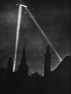 First Zeppelin Air Raid on London, During World War I 1915