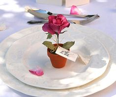 Seven great tips for decorating wedding tables