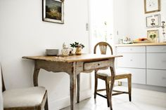 lovely french table