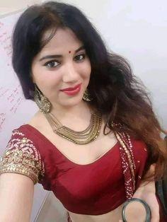 Lovely Girl Image, Beautiful Girl Photo, Beautiful Girl Indian, Beauty Full Girl, Real Beauty, Beauty Women, Most Beautiful Bollywood Actress, Prity Girl, Stylish Girl Images