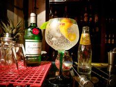 #tanqueray #gin #gintonic #tasca do mercado #bar #mercadodearroios #mikepereira