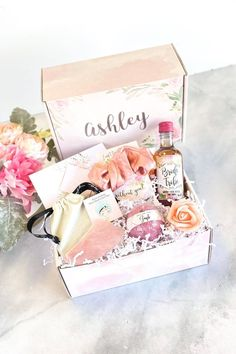 Will you be my bridesmaid? Our Bridesmaid Proposal Self Care box is the perfect way to ask your bridesmaids to be in your wedding! When it comes to asking bridesmaids, this stylish done-for-you bridesmaid gift box makes it such an easy bridesmaid proposal idea. Your bridesmaids will love these spa bridesmaid gifts. A bridesmaid proposal card is included to write a bridesmaid proposal note. If you need more asking bridesmaids ideas, check our site. #bridesmaidproposalspabox #askingbridesmaids Bridesmaid Gift Boxes, Bridesmaid Proposal Cards, Personalized Bridesmaid Gifts, Bridesmaid Ideas, Ways To Ask Bridesmaids, Will You Be My Bridesmaid, Wedding Planning, Wedding Ideas, Wedding Decorations