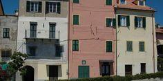 San Lorenzo al Mare (IM) - centro storico di levante http://ift.tt/2iISSdx