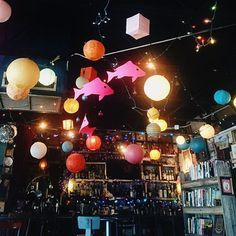 Now one of Orlando's best hangouts, Stardust Video and Coffee started out as a video store renting out bulky VHS tapes. It has grown since then into an eclectic mix of young and old, where hipsters and nerds put aside their differences to discuss old books and foreign movies over a cup of joe.