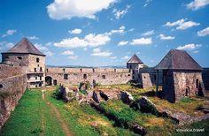 Slovakia, Bzovík - Monastic fortress