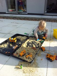 We run Pre school classes every monthly - Little museum visitors. See our website for details