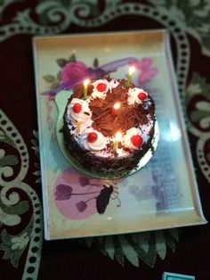 Happy Birthday Chocolate Cake, Happy Birthday Cake Images, Birthday Cake Girls, Friend Birthday, Easy Cake Decorating, Cake Decorating Techniques, Chocolate Cupcakes Decoration, Pinterest Instagram, Chocolate Pictures