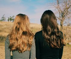lydia martin and allison argent Teen Wolf, No Ordinary Girl, Foto Blog, Mein Style, Lydia Martin, Remy Hair Extensions, Girl Meets World, In Vino Veritas, Hair Care Tips