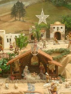 Christmas Crib Ideas, Christmas Photos, Merry Christmas, Christmas Decorations, Xmas, Nativity Stable, Christmas Nativity Scene, Amazing Art, Beautiful Pictures