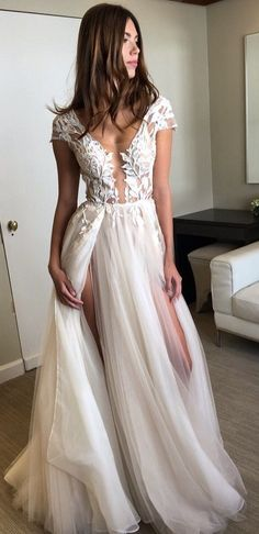 Exquisite Short Sleeves Side Slit Lace Appliques A-line Wedding Dresses