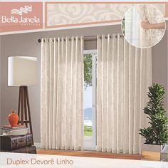 Os tecidos de Linho trazem ao ambiente toda a sofisticação e leveza! Os arabescos da Cortina Devorê Linho sintonizam com toda decoração.