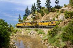 Rocky Mountain diorama made for scenery book - Pelle Soeeborg