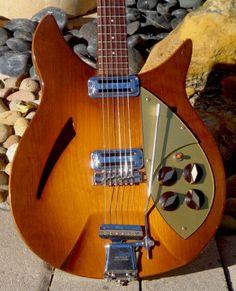 1958 Rickenbacker 335 Capri Autumnglo #VintageandRare #VandR #Rickenbacker #vintageguitar #guitar