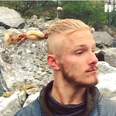 Bjorn Longer pigtail #vikingsseason4
