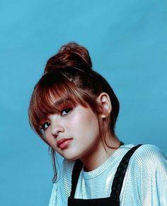 Filipina Actress, Filipina Beauty, Pretty And Cute, Pretty Girls, New Girl Style, Espanto, Celebrity Singers, Shot Hair Styles, Portrait Photo