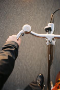 Shoot Film, Character Aesthetic, Film Photography, Dream Life, Aesthetic Pictures, Bicycle, In This Moment, Fall, Autumn Cozy