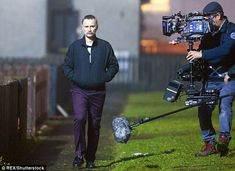 Robert Carlyle looked menacing as he reprised his role as Francis Begbie on the set of Trainspotting 2 in Blackburn, West Lothian, on Saturday. Trainspotting 2, Rumpelstiltskin, Robert Carlyle, Ouat, Cool Cats, 2 In, Actors, Movies, Image