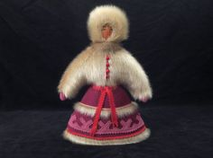 Inuit doll in fur / Vintage Eskimo art doll / Inuit by LesCurieux