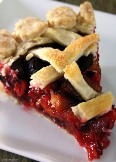 Fall is my favorite time of year. I wait all year for September and October just to enjoy the harvest of soooo many delicious fruits an. Plum Recipes, Fruit Recipes, Gourmet Recipes, Sweet Recipes, Baking Recipes, Dessert Recipes, Plum Pie Filling Recipe, No Bake Treats, Chicken