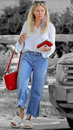 Sienna Miller Style, New Chic, Off Duty, Color Splash, The Hamptons, Street Styles, New Look, Wednesday, Attitude